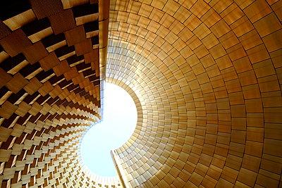 Goldene Fassade - p1268m2108696 von Mastahkid