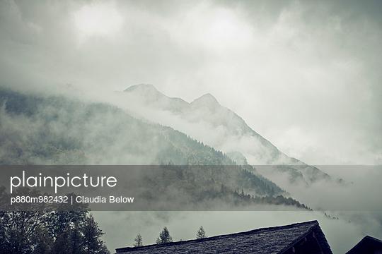 Bergell, Graubünden - p880m982432 von Claudia Below