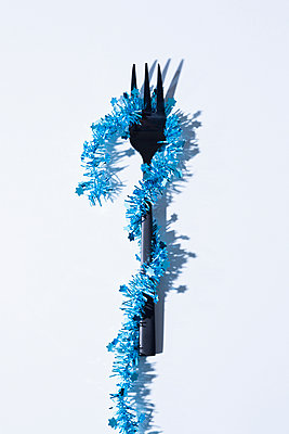 Fork decorated with garland - p1149m2126877 by Yvonne Röder