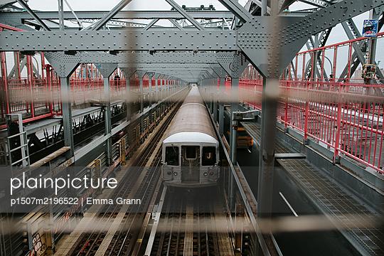 New York City Subway on Williamsburg Bridge - p1507m2196522 by Emma Grann