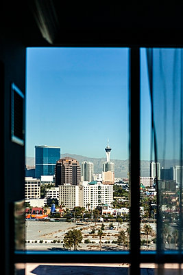 Las Vegas Skyline seen from a hotel window - p1094m1209101 by Patrick Strattner