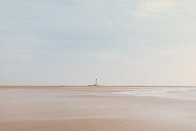 Leuchtturm in St. Peter-Ording - p1585m2158524 von Jan Erik Waider