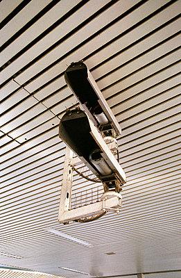 Überwachungskamera - p0750128 von Lukasz Chrobok