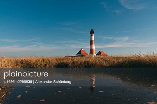 Lighthouse Westerheversand, Schleswig-Holstein - p1696m2296638 by Alexander Schönberg