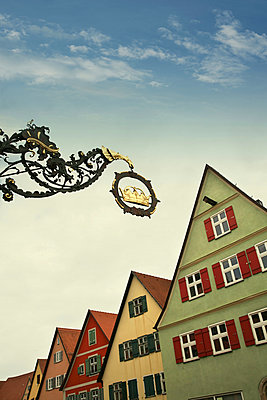 Rothenburg ob der Tauber - p1038m1064352 by BlueHouseProject