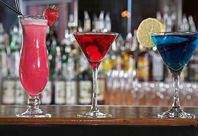 still life of three different cocktails  - p3162636f by bilderlounge