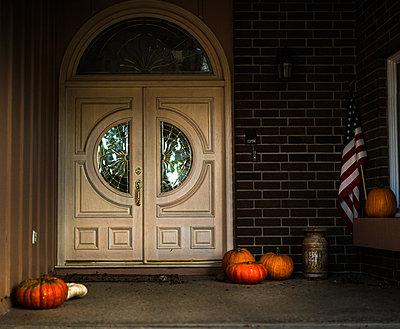 Entrance - p966m890932 by Tobias Leipnitz
