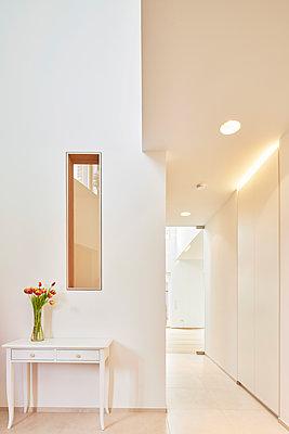 Weiße Wohnung - p1119m2026749 von O. Mahlstedt