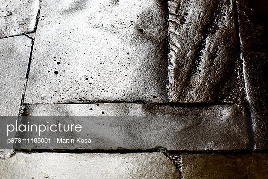 p979m1185001 by Martin Kosa
