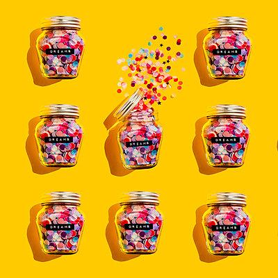 Jars of colorful confetti - p300m2198362 by Gemma Ferrando