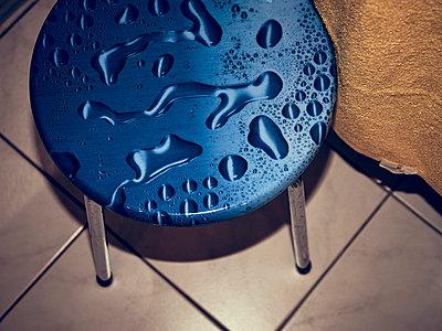 Badehocker - p900m1539802 von Michael Moser