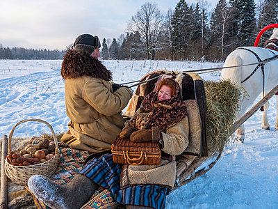 Sleighing in Russia - p390m1582796 by Frank Herfort