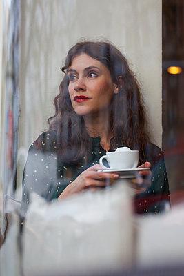 Kaffeepause - p045m1510479 von Jasmin Sander