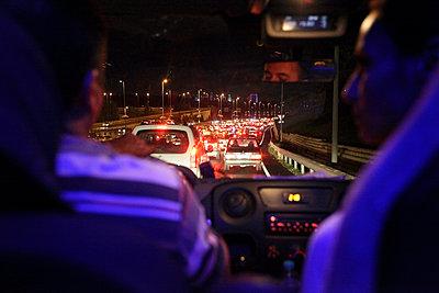 Traffic jam - p265m857007 by Oote Boe