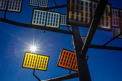 Germany, Ulm, solar tree in the Ulmer residential area solar city - p300m975504f by Walter G. Allgöwer