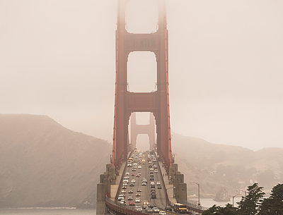 Golden Gate Bridge on a foggy day; San Francisco, California, United States of America - p442m2012174 by Free the Dust