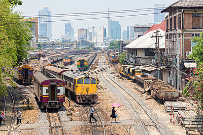 Bahnhof in Bangkok - p1208m1461724 von Wisckow