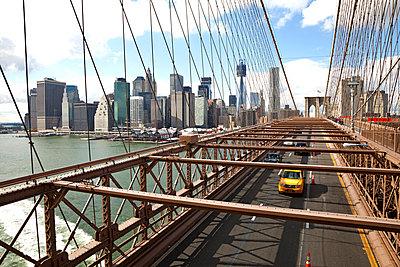 Brooklyn Bridge - p382m778195 by Anna Matzen