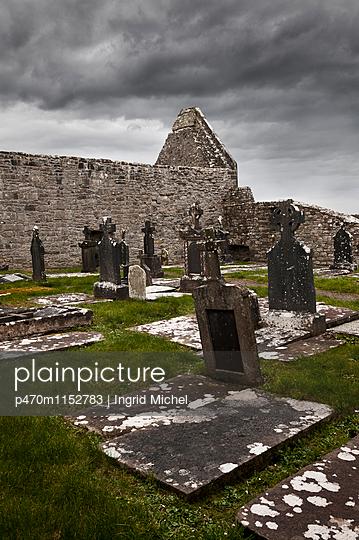 Kloster Burrishoole - p470m1152783 von Ingrid Michel