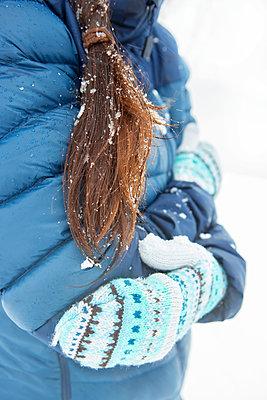 Keeping warm - p454m2076587 by Lubitz + Dorner