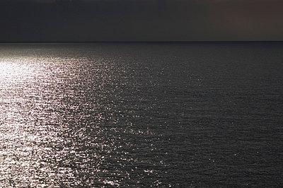 Licht und Schattenmeer - p2120098 von Edith M. Balk