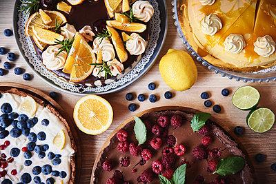 Tasty cakes - p300m2023503 by gpointstudio