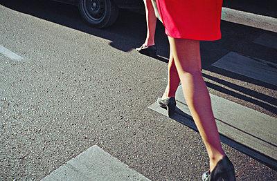 Feminine - p1017m788198 by Roberto Manzotti