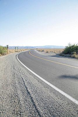 einsamer highway - p6270118 von bobsairport