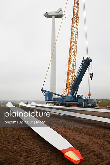 Wind turbine being erected - p429m1021585f by Moof