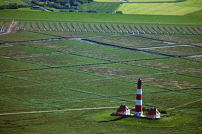 Leuchtturm Westerhever Sand - p1016m2064636 von Jochen Knobloch