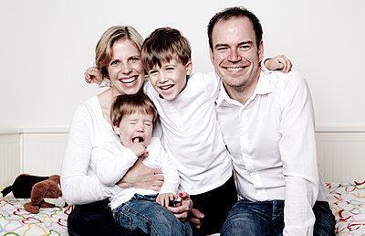 Familienportrait - p1221m1021219 von Frank Lothar Lange