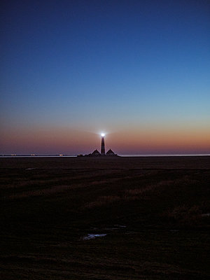 Germany, Schleswig Holstein, Lighthouse Westerhever - p1600m2253183 by Ole Spata