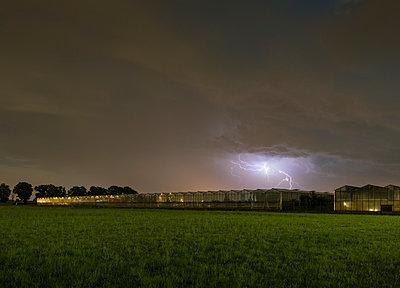 thunderstorm  - p1132m1486822 by Mischa Keijser