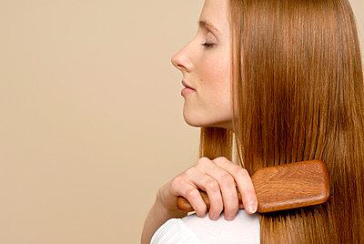 Haare bürsten - p2200729 von Kai Jabs