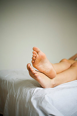 Legs - p4130007 by Tuomas Marttila