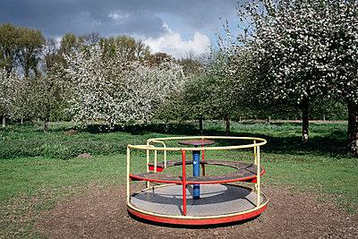 Spielplatz - p118m1539048 von Daniel Sadrowski