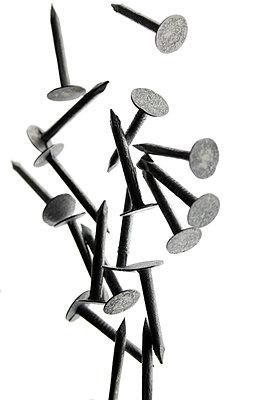 Fallende Nägel  - p450m1042327 von Hanka Steidle