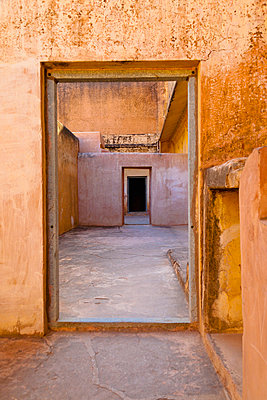 Amber Fort Doorway - p1100m2090786 by Mint Images