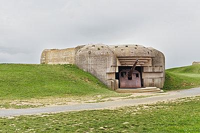 Bunker Normandie, D-Day - p1312m1137677 von Axel Killian