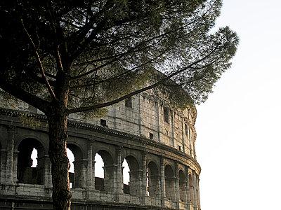 Amphitheatre - p6460016 by gio