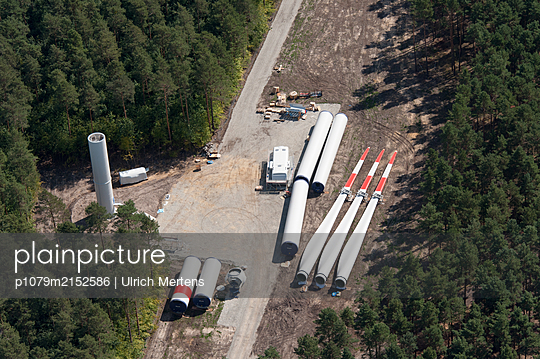 Constructon site of a wind farm in the forest - p1079m2152586 by Ulrich Mertens