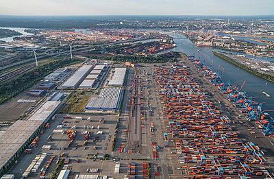Deutschland, Hamburg, Luftbild Container Terminal Altenwerder - p300m1228460 by Patrice von Collani