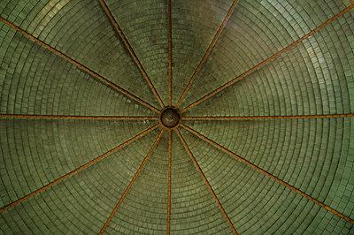 Deckengewölbe in den Beelitz-Heilstätten - p8660018 von aKampmeyer