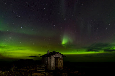 Northern lights  - p1241m1105105 by Topi Ylä-Mononen
