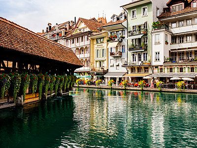 Aare river in the Old Town of Thun - p1177m2111453 by Philip Frowein