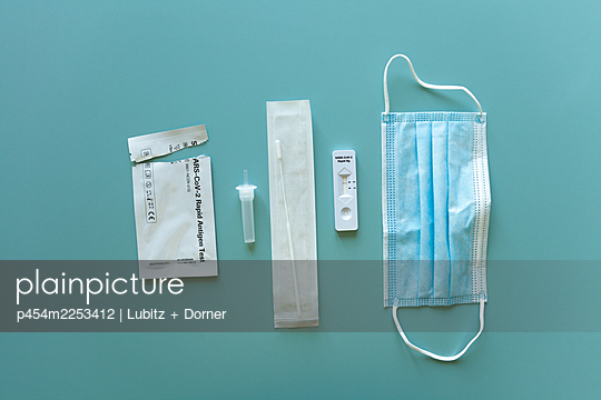 All utensils for Covid-19 rapid test - p454m2253412 by Lubitz + Dorner