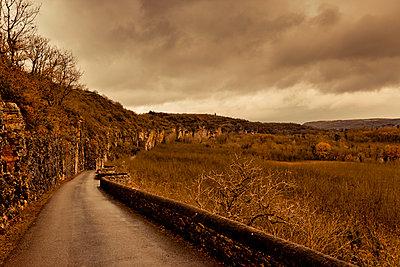 Street, Dordogne, Midi-Pyrénées - p248m966691 by BY