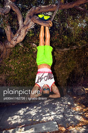 Stuntmen - p930m1162726 von Phillip Gätz