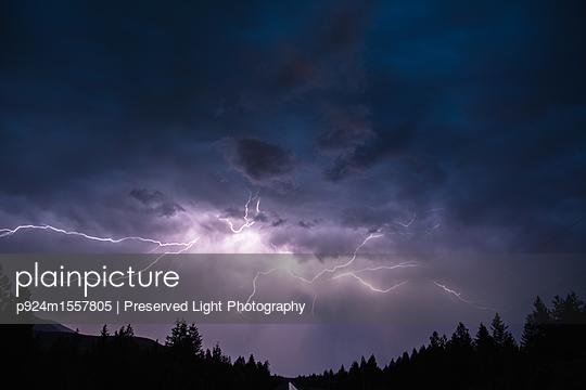 p924m1557805 von Preserved Light Photography