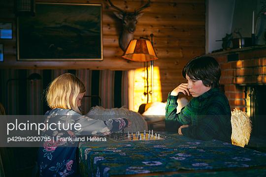 p429m2200795 von Frank and Helena
